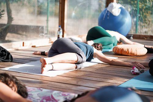 retiro de yoga en portugal